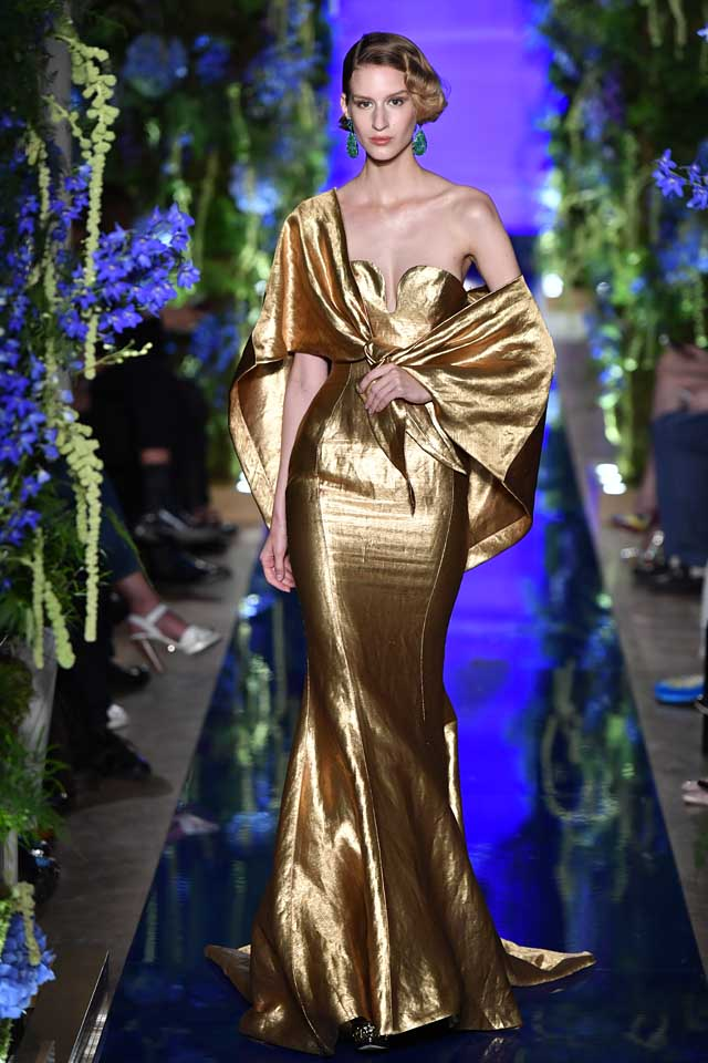 Guo Pei FW17-18 Couture-fall-winter-2017 (35)-metallic-one-sided-mermaid-gown
