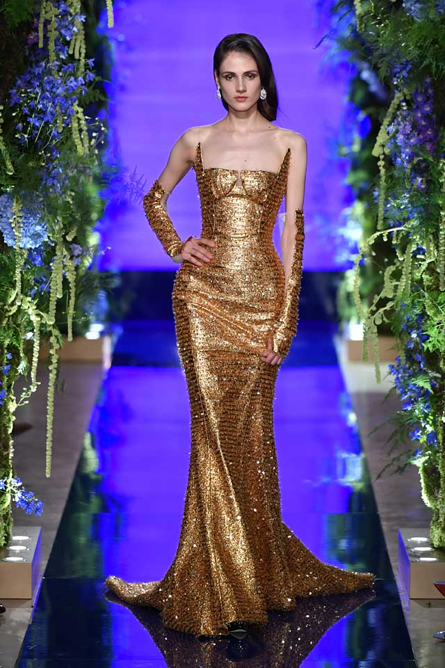 Guo Pei FW17-18 Couture-fall-winter-2017 (37)-strapless-sequin-a-line-dress