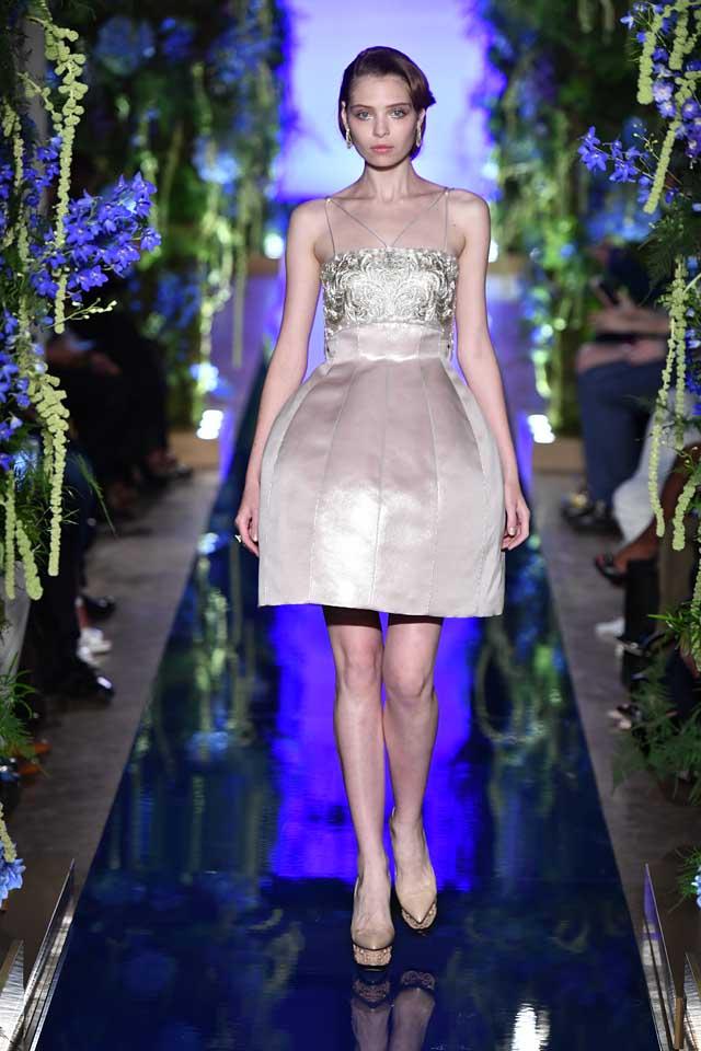 Guo Pei FW17-18 Couture-fall-winter-2017 (6)-cream-bouffant-dress