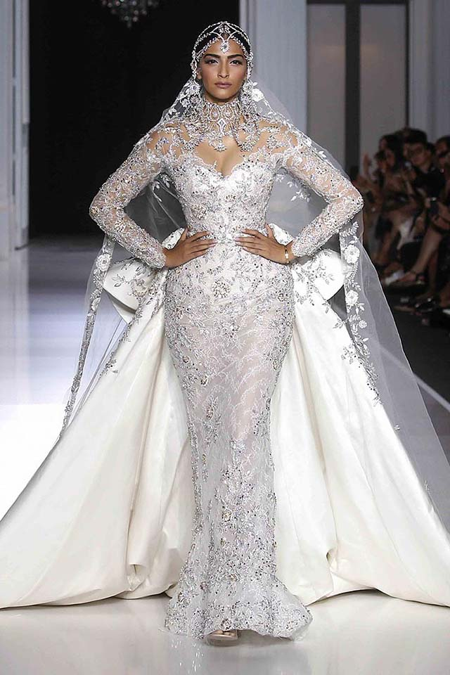 Ralph-russo-haute-Couture-aw17-look-(56)-lace-bridal-gown-floral-work-micro-beads