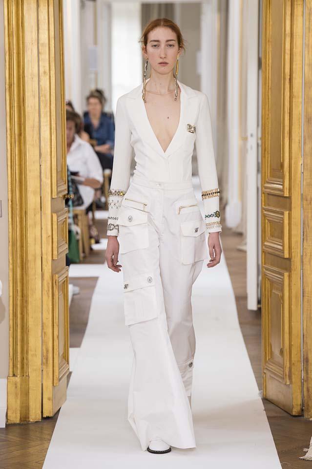 Schiaparelli-fall-winter-2017-fw17-couture (1)-white-jumpsuit