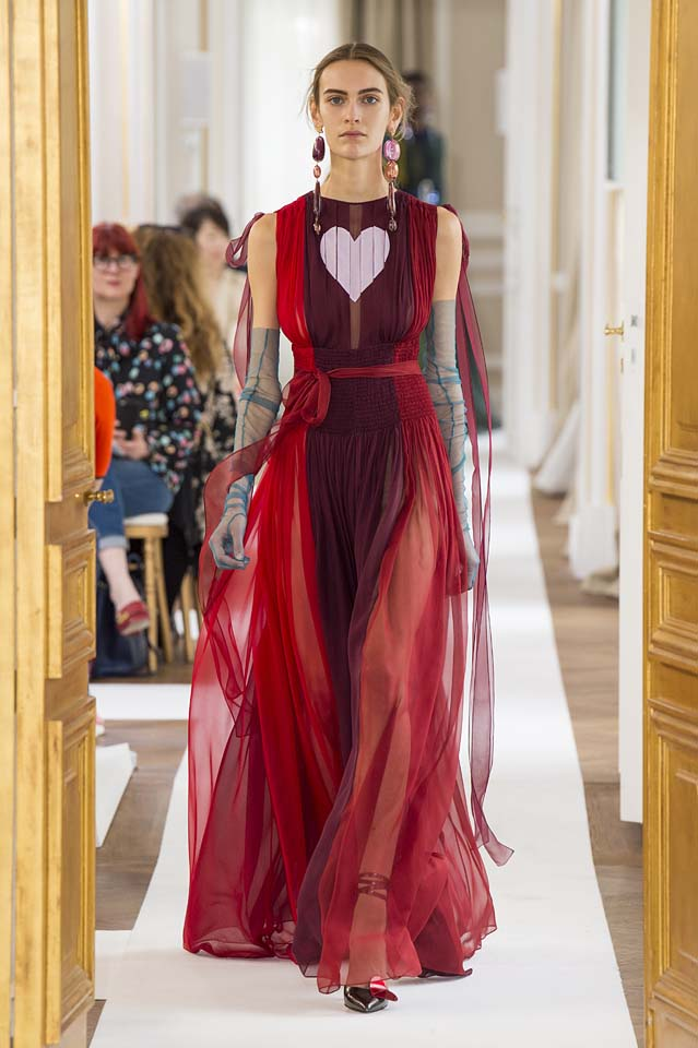 Schiaparelli-fall-winter-2017-fw17-couture (24)-red-party-gown