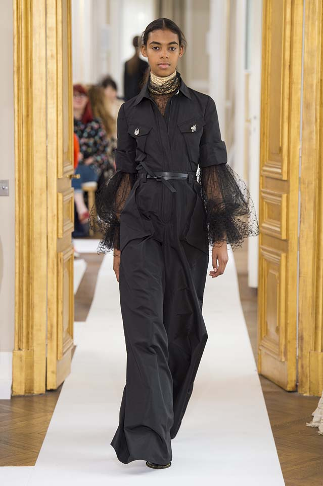 Schiaparelli-fall-winter-2017-fw17-couture (9)-black-jumpsuit
