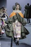 Viktor-Rolf-fall-winter-2017-haute-couture-collection-dress-24-two-tone-outfit