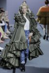 Viktor-Rolf-fall-winter-2017-haute-couture-collection-dress-31-ruffled-green-gown