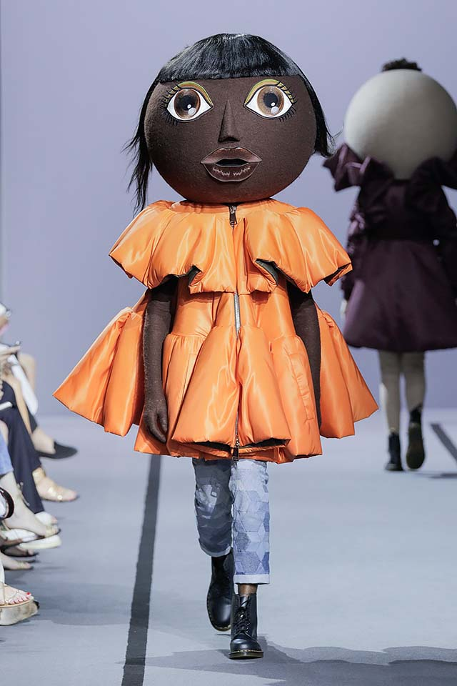 Viktor-Rolf-fall-winter-2017-haute-couture-collection-dress-8-orange jacket-crop-denims