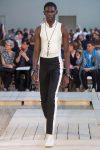 alexander-mcqueen-white-sneakers-necklace-ss18-menswear