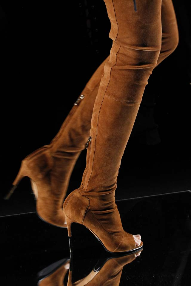 balmain-fall-winter-2017-fw17-peep-toe-boots-heel-latest-shoe-trends
