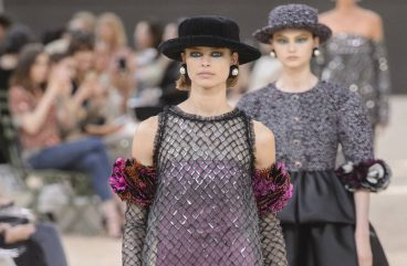 chanel-fall-winter-2017-couture-hats-tweed