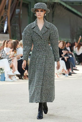 couture-fashion-show-2017-chanel-tweed-dress-collection