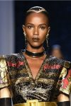 couture-jewlry-trend-analysis-2017-latest-collared-necklace-matching-earrings