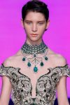 green-collared-necklace-latest-fall-couture-2017-necklace-jewelry-trends