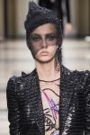 single-black-earring-armani-latest-fall-winter-jewelry-trend-analysis