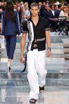 versace-casual-print-shirts-ss18-white-pants
