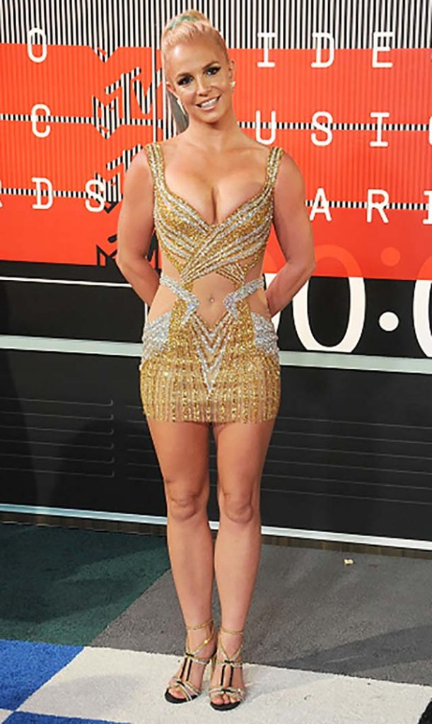 2015-britney-spears-gold-dress-video-music-awards-most-shocking-outfits