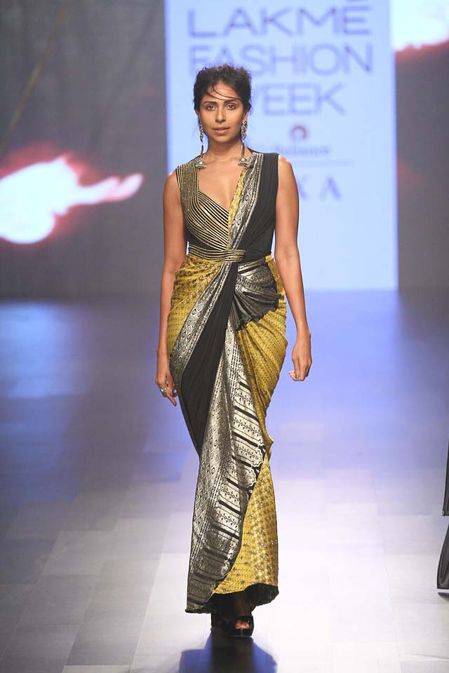 Amit Aggarwal – LFW- AW'17 (7)-saree-gown-tellow