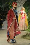 Anju-Modi-icw-17-india-couture-week-collection-dress-1-sherwani-dupatta