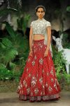 Anju-Modi-icw-17-india-couture-week-collection-dress-7-crop-top-red-lehenga
