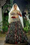 Anju-Modi-icw-17-india-couture-week-collection-dress-9-diya-mirza