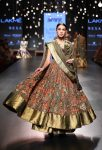 Gaurang-Lakme-Fashion-Week WF 17 (4)-anarkali-layered-beautiful