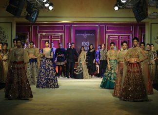 India-couture-week-2017-indian-designer-Shyamal&Bhumika- (19)-models-showstopper-crop-top-skirt