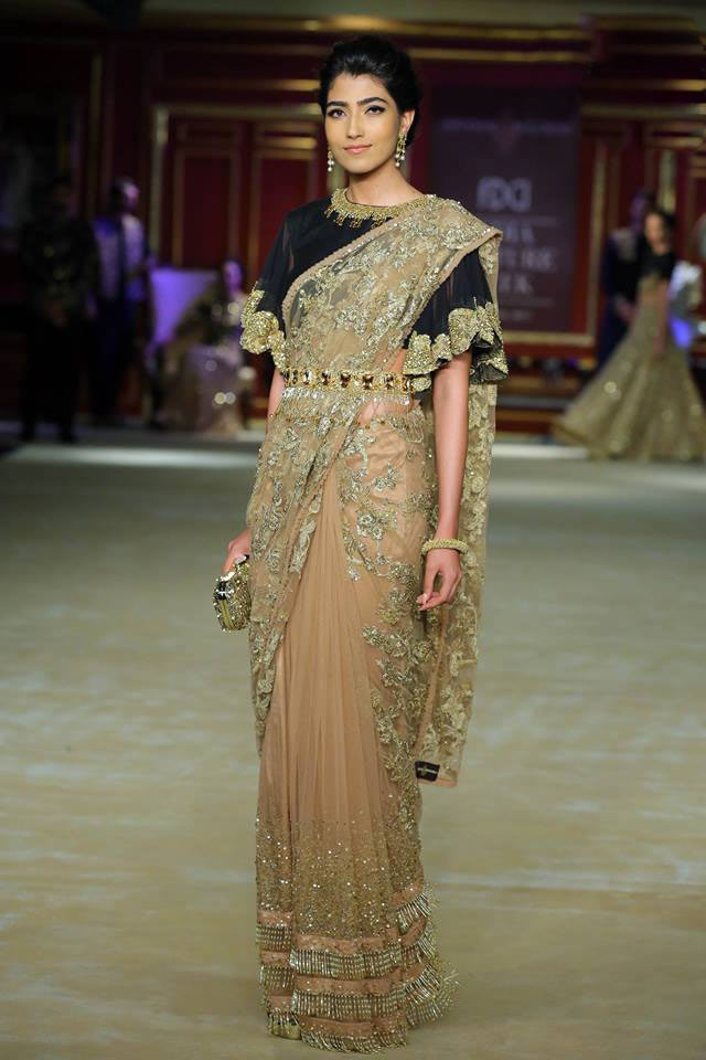marvelous latest indian outfit trends 10