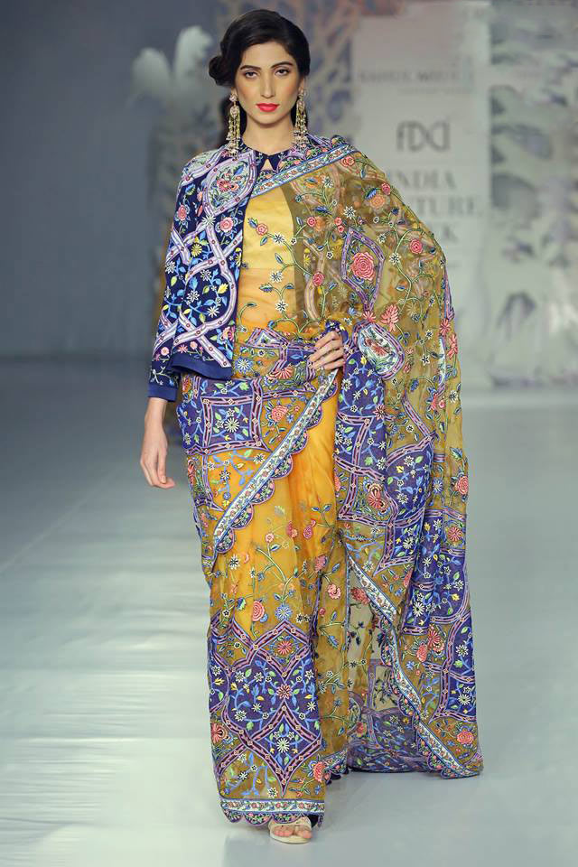 India-couture-week-icw17-indian-designer-rahul-mishra-(2)-floral-embroidery-saree-jacket