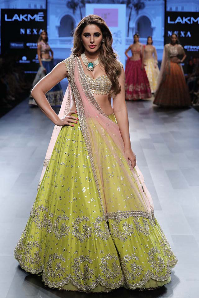 Nargis-Fakhri-Anushree-Reddy-showstopper-lehenga-Lakme-Fashion-Week-WF-17