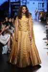Showstopper-Radhika-Apte-for-Sailesh-Singhania-poncho-sleeve-dress-at-LFW-WF-17