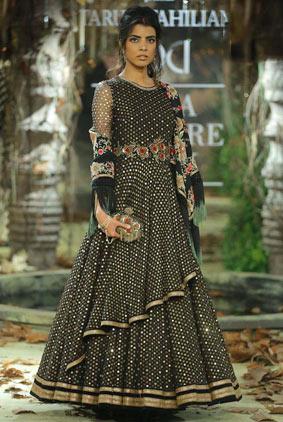 Tarun-Tahiliani-icw-17-india-couture-week-collection-dress-20-asymmetrical-dress