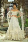 Tarun-Tahiliani-icw-17-india-couture-week-collection-dress-22-choli-statement-sleeves