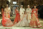 Tarun-Tahiliani-icw-17-india-couture-week-collection-dress-9-wedding-collections