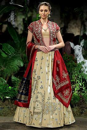 anju-modi-icw17-india-couture-week-2017-red-lehenga-velvet