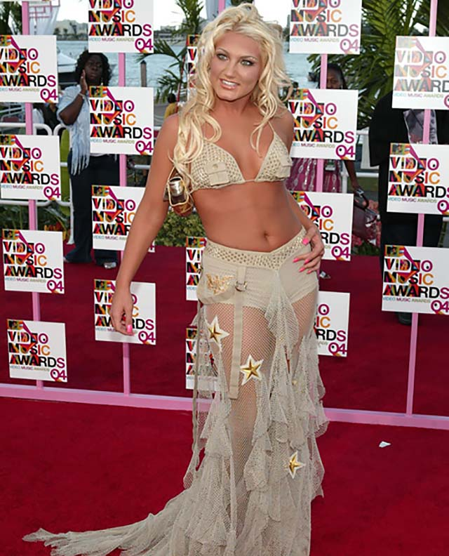 brooke-hogan-tulle-skirt-bralette-vma-outfits