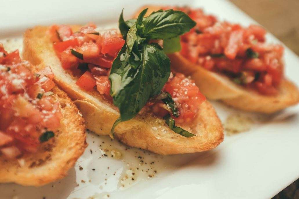 bruschetta-italian-snack-tomatoes-evening-office-working-women