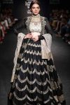 celeb-ADITI-RAO-HYDARI-indian-designer-JAYANTI-REDDY-AT-LAKME-FASHION-WEEK-WINTER-2017-embellished-lehenga