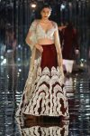 embellished-lehenga-latest-indian-couture-week-2017-fashion-show-indian-designer-manish-malhotra