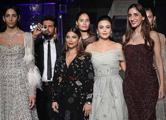 falguni-shane-peacock-preity-zinta-showstopper-lakme-fashion-week-2017