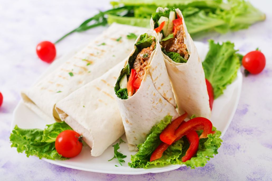 healthy-wrap-for-evening-snacks-working-women-yogurt-meat