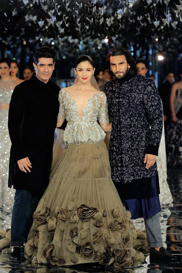 indian-couture-week-2017 Manish Malhotra Couture sequin-top-embroidered-sherwani