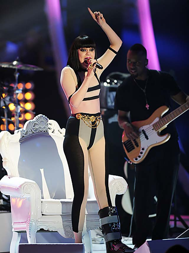 jessie-2011-video-music-awards-color-blocking-dress-black-sheer.jpg