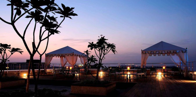 list-of-rooftop-restaurants-in-chennai-Kefi_taj-club-house-amazing-scene-plesant-breeze-zomato