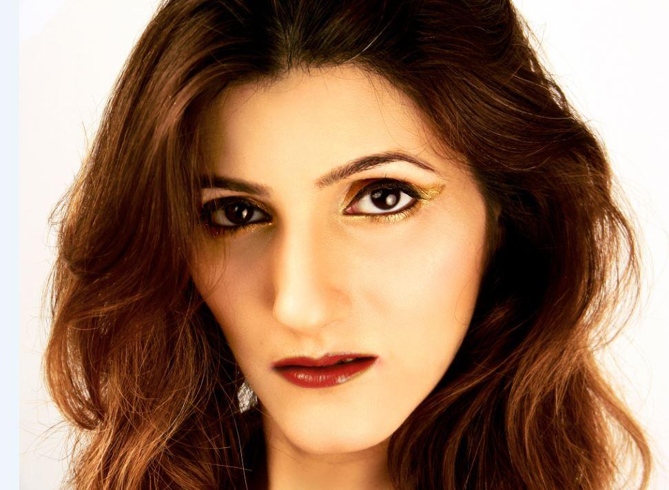 90s-lipstick-trend-shilpa ahuja-lip-colors-retro makeup