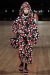 Designer-Marc-Jacobs-SS18-Spring-Summer-2018-collections-rtw-17-matching-dress-turban-bag