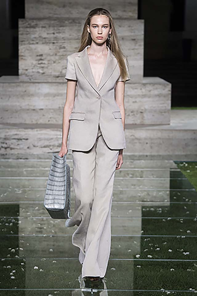 Salvatore-Ferragamo-spring-summer-2018-ss18-collection-rtw-8-pant-suits