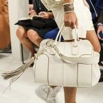 Tods-spring-summer-2018-SS18-collection-rtw (6)-fringes-white-bag