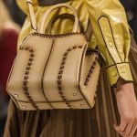 Tods-spring-summer-2018-SS18-collection-rtw (72)-structured-handbag