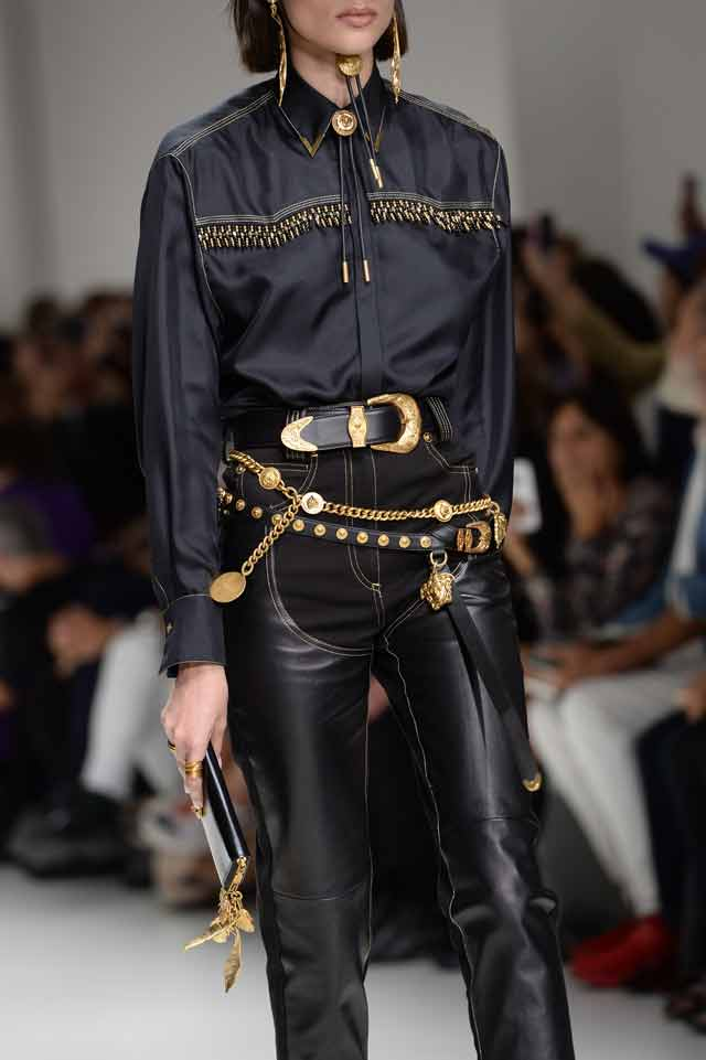 Versace-spring-summer-2018-rtw-details-accessories (32)-layered-belts
