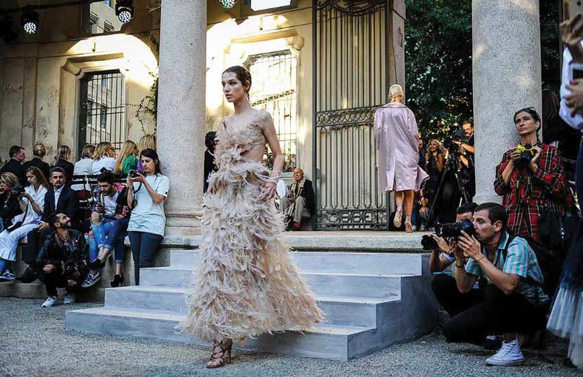 alberta-ferretti-spring-summer-2018-ss18-collection-review