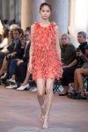 alberta-ferretti-spring-summer-2018-ss18-rtw-collection (24)-feather-dress
